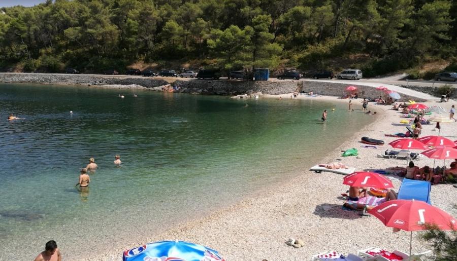 Plaža Brač Splitska