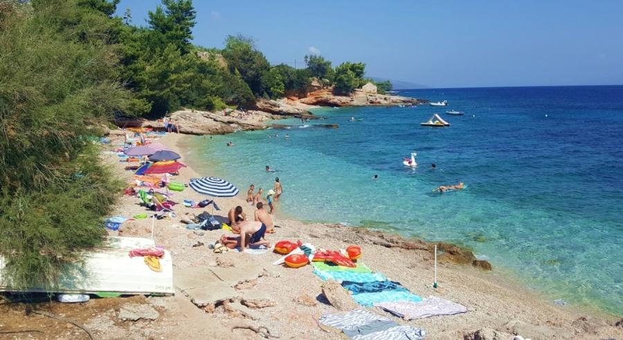 Plaža Skalinada Zavala Hvar