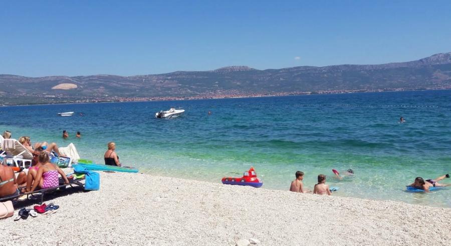 Plaža Arbanija Slatine Ciovo