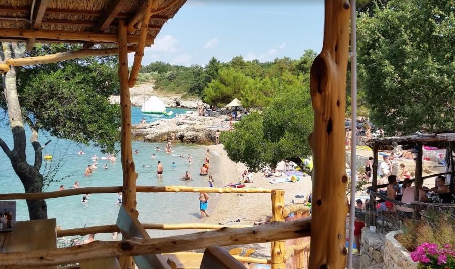Plaža Beach Jert Pinezići island Krk