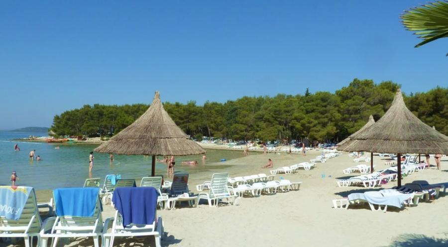 Plaža Pine Pakoštane