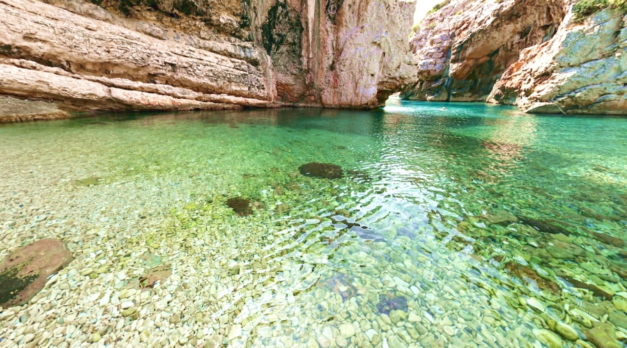 Stiniva Vis best beaches