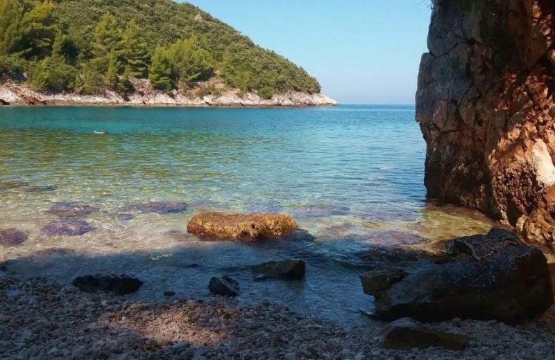 Samograd plaža Najlijepše plaže Hrvatska Kročula