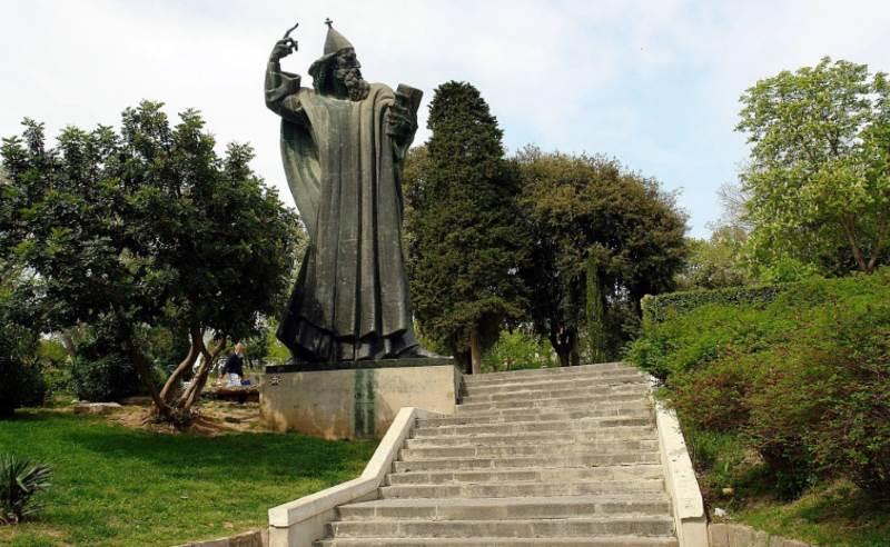 Kip Grgura Ninskog U Splitu